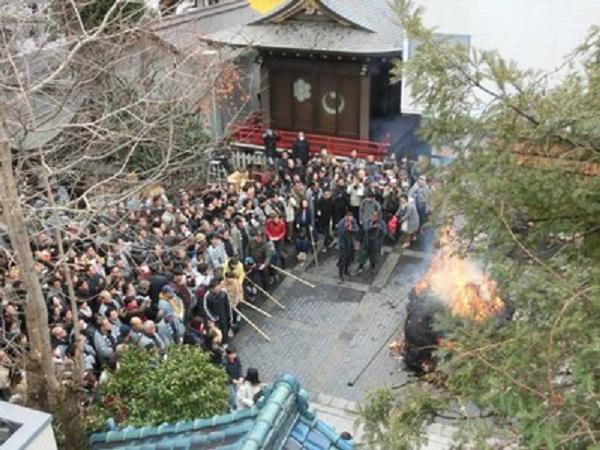 (c)宗教法人鳥越神社