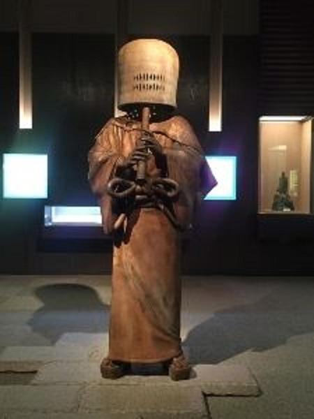 松戸博物館にある虚無僧の立像